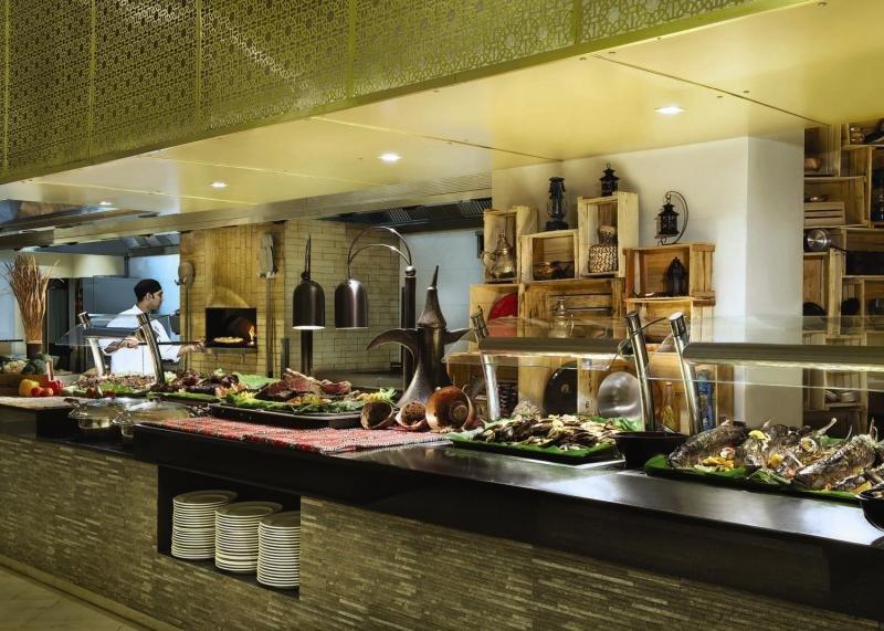 Doubletree by Hilton Resort & Spa Marjan IslandBar