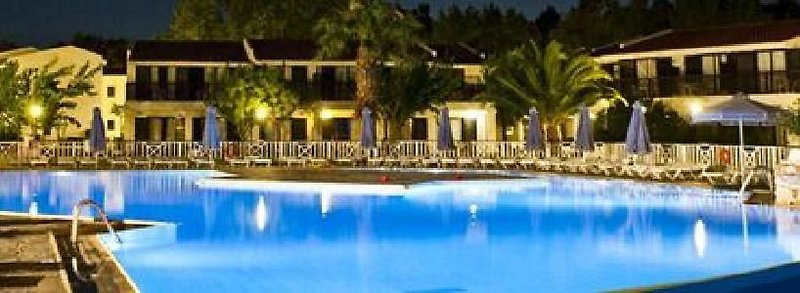 Golden Coast Hotel & Bungalows in Marathon ab 585 €