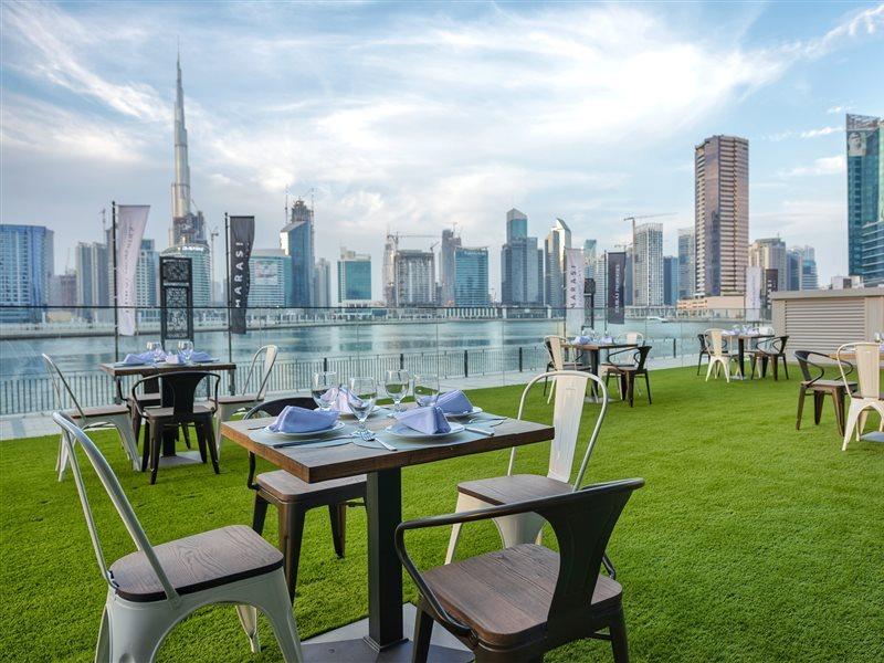 Dubai ab 597 € 1