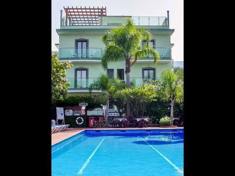 7 Tage in Sorrent (Sorrento) Comfort Hotel Gardenia Sorrento Coast