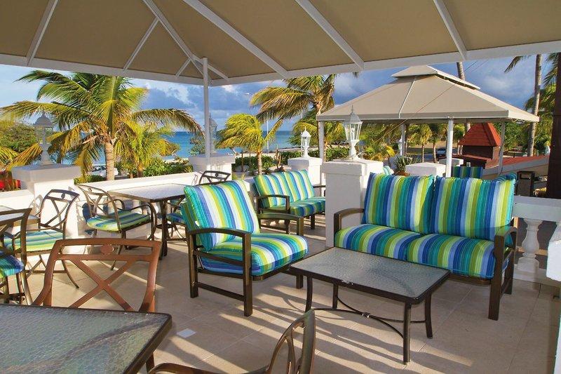 7 Tage in Eagle Beach (Insel Aruba) Amsterdam Manor Aruba Beach Resort