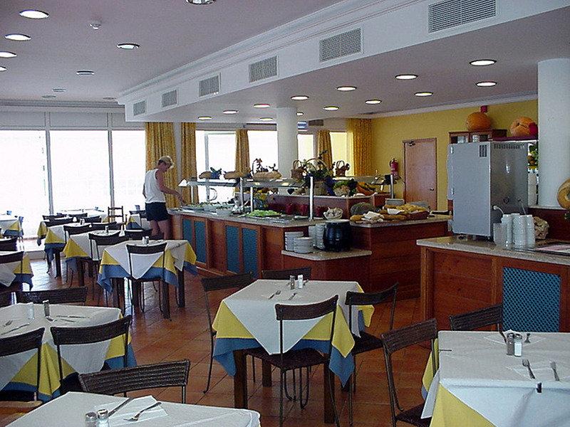 Aparthotel Club Andria in Cala Santandría, Menorca R