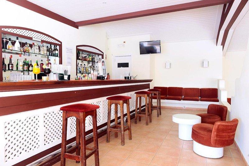 Albufeira Jardim - Apartamentos Turísticos in Albufeira, Algarve BA