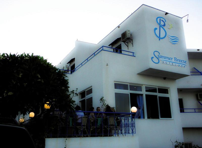 Summer Breeze Hotel in Gennadi, Rhodos A