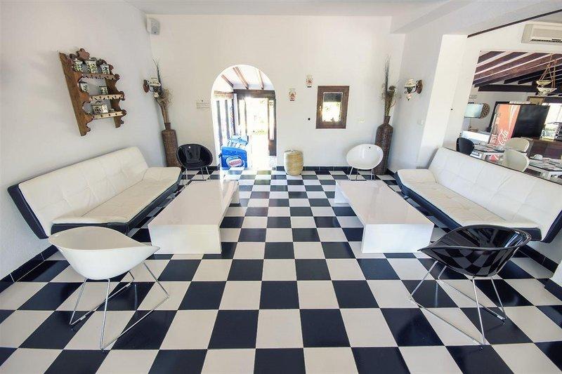 azuLine Hotel Galfi in Sant Antoni de Portmany, Ibiza F