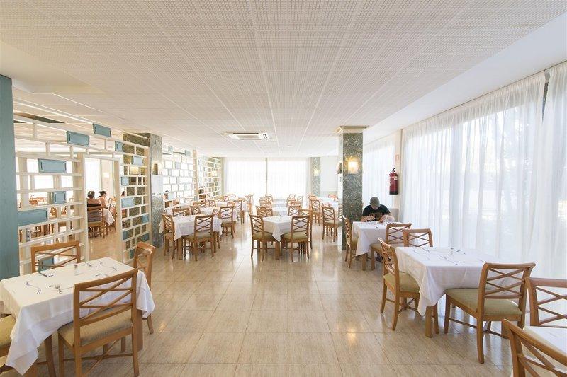 azuLine Hotel S'Anfora & Fleming in Sant Antoni de Portmany, Ibiza R
