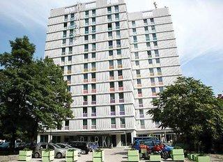 Hotel B&B Hotel Ljubljana Park Außenaufnahme