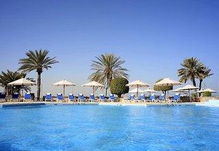 Hotel Crowne Plaza Muscat Pool