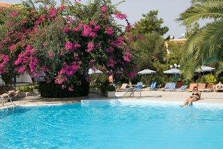 Hotel Filerimos Village Pool