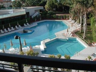 Hotel SENTIDO Acacia Marina Pool