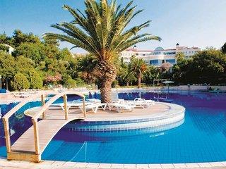 Hotel Club Marvy by Paloma Pool