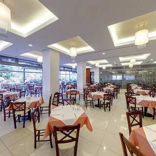 Hotel Cronwell Platamon Resort Restaurant