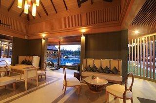 Hotel COOEE Apsara Beachfront Resort & Villa Lounge/Empfang