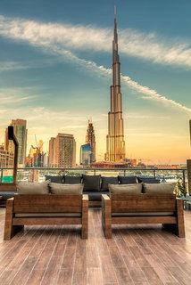 Hotel Taj Dubai Bar
