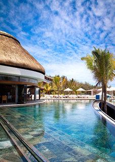 Hotel The Radisson Blu Poste Lafayette Resort & Spa Pool