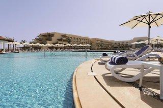Hotel Mövenpick Resort & Spa Soma Bay Pool