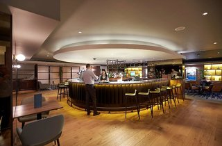 Hotel DoubleTree by Hilton Hotel London ExCel Bar