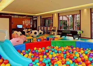Hotel Centara Grand Beach Resort Phuket Kinder