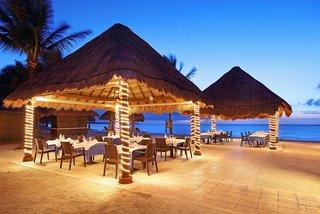 Hotel Grand Palladium Kantenah Resort & Spa Restaurant