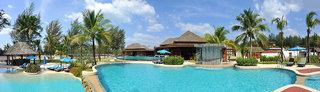 Hotel COOEE Apsara Beachfront Resort & Villa Pool