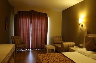 Hotel Adalya Resort & Spa Wohnbeispiel