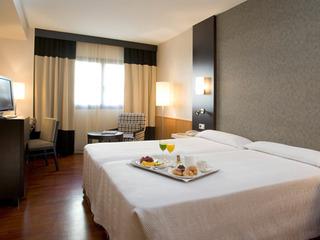 Hotel NH Ciudad de Valencia Wohnbeispiel