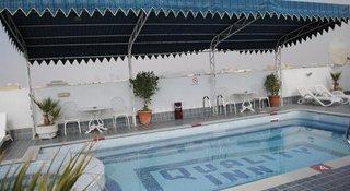 Hotel Ramee Guestline Hotel Qurum Pool