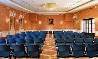 Hotel Castello Dal Pozzo & Palazzo Konferenzraum