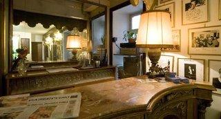 Hotel La Fenice et Des Artistes Bar