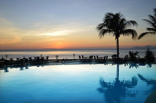 Hotel Centara Sandy Beach Resort Danang Pool