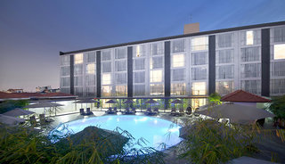 Hotel Eastin Grand Hotel Saigon Pool