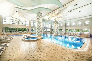 Hotel Titanic Beach Lara Hallenbad