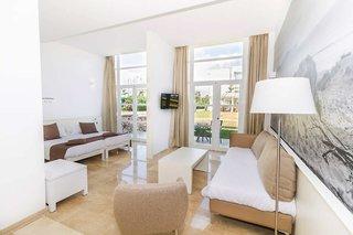 Hotel Eix Alzinar Mar Suites Hotel - Erwachsenenhotel ab 18 Jahren Wohnbeispiel