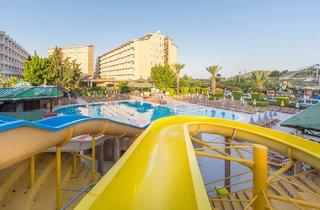 Hotel Beach Club Doganay Pool