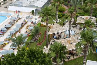 Hotel Beach Club Doganay Garten