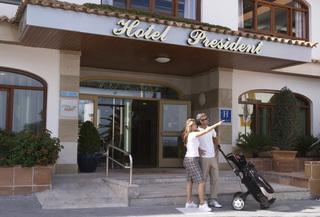 Hotel HSM President Golf & Spa Außenaufnahme