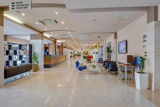 Hotel Pinija Lounge/Empfang