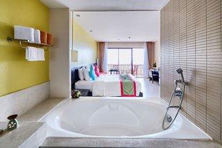 Hotel COOEE Apsara Beachfront Resort & Villa Badezimmer