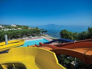 Hotel Atlantica Eleon Grand Resort & Spa Pool