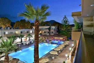 Hotel Marathon Pool