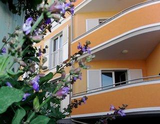 Hotel Appartements Premantura Dom Außenaufnahme
