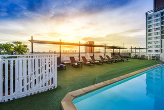 Hotel Bangkok Cha Da Pool