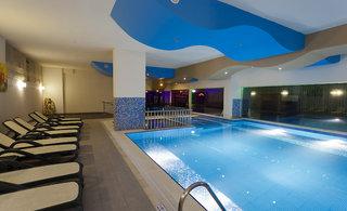 Hotel My Home Resort Hallenbad