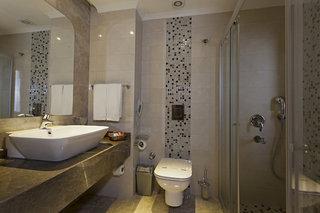 Hotel My Home Resort Badezimmer