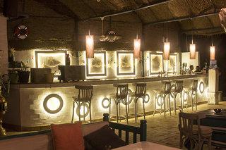 Hotel Lotus Bay Beach Resort Bar
