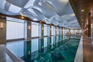 Hotel DoubleTree by Hilton Istanbul Topkapi Pool
