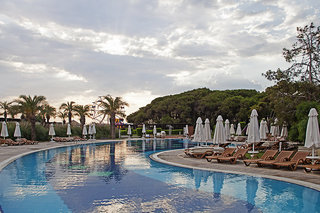 Hotel Sueno Hotels Beach Side Pool