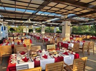 Hotel Sueno Hotels Beach Side Restaurant