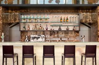 Hotel Hilton Vienna Danube Waterfront Bar