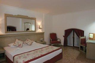 Hotel Adalya Port Hotel Wohnbeispiel